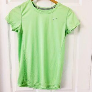 Nike   Performance Running Top   Dri-Fit   Medium